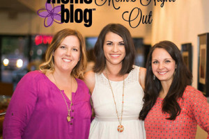 001 North Phoenix Moms Blog - Moms Night Out - Practical Art - Short Leash Hot Dogs - Junk in the Trunk