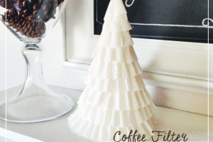 North Valley Moms Blog - Coffee Filter Christmas Tree - Easy Holiday DIY Craft