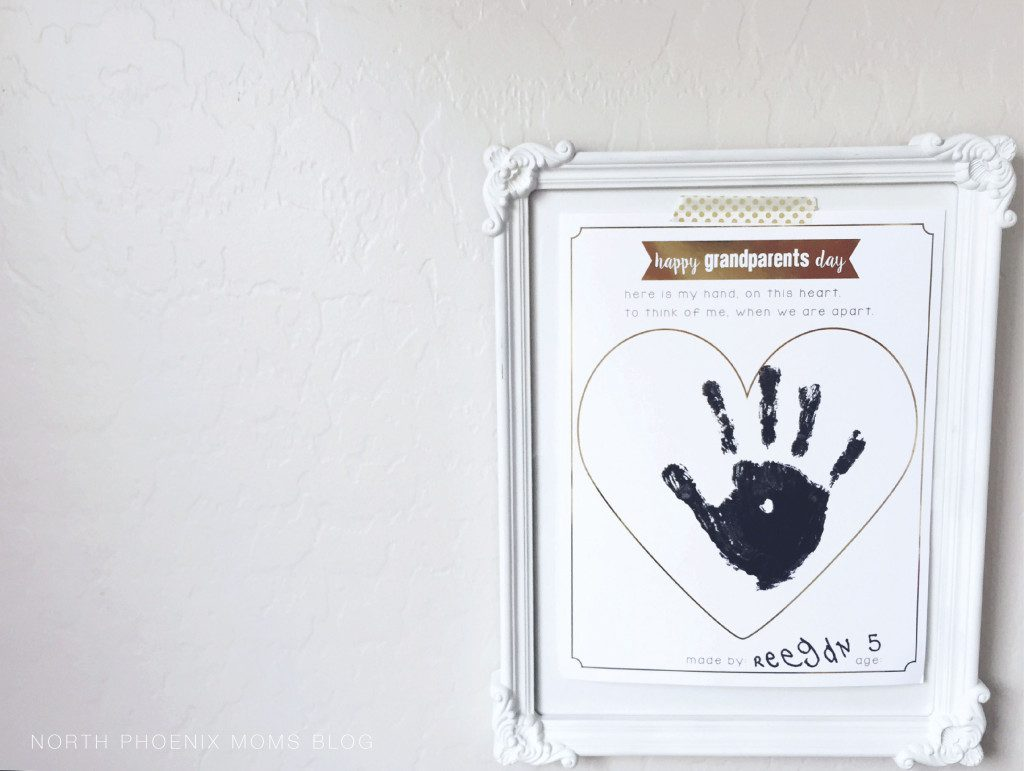 picture relating to Hand Printable identify Grandparents Working day Printable - My Hand Upon This Middle