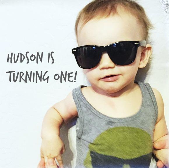 North Phoenix Moms Blog - Turning 1 Invites