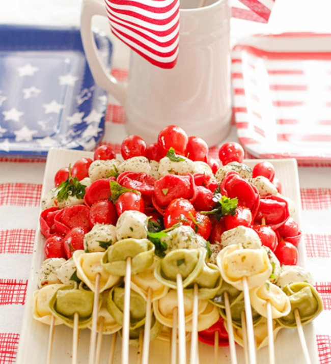 Patiotic tortellini kabob, perfect for July Fourth celebration