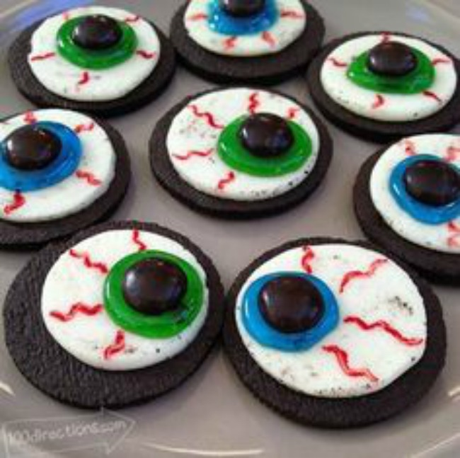 Eyeball cookies, Halloween dessert