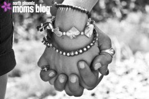hands-63743_1920-copy